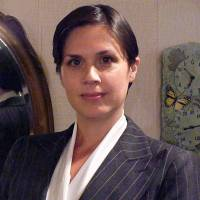 Erin Markham bio